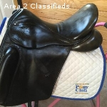 "County Perfection Dressage Saddle 17"" medium tree"